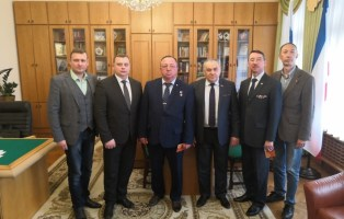В Симферополе обсудили перспективы побратимской работы и сотрудничества депутатов